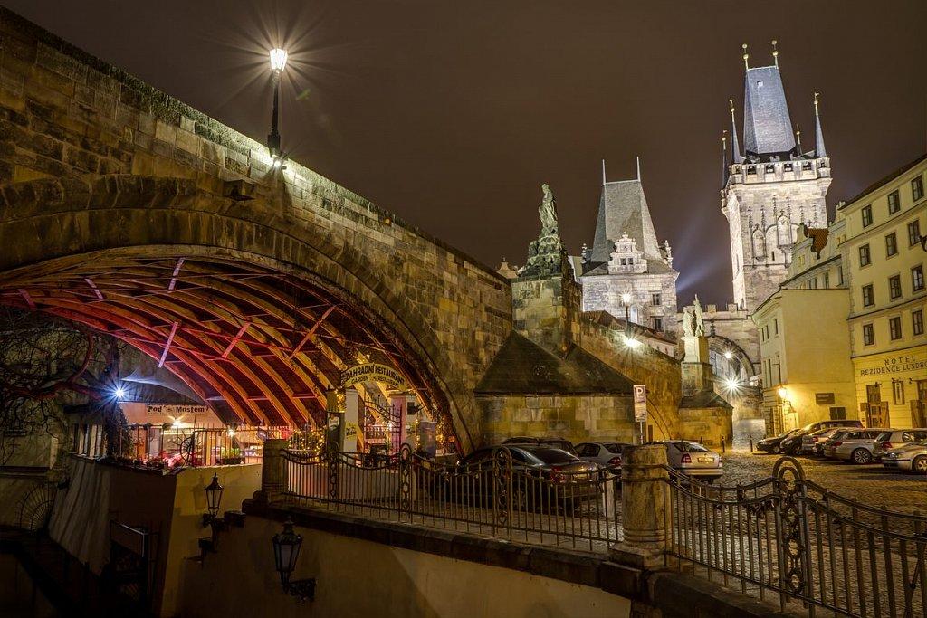 Noční Praha, Čertovka, Karlův most, Kampa - IMG-6398.jpg