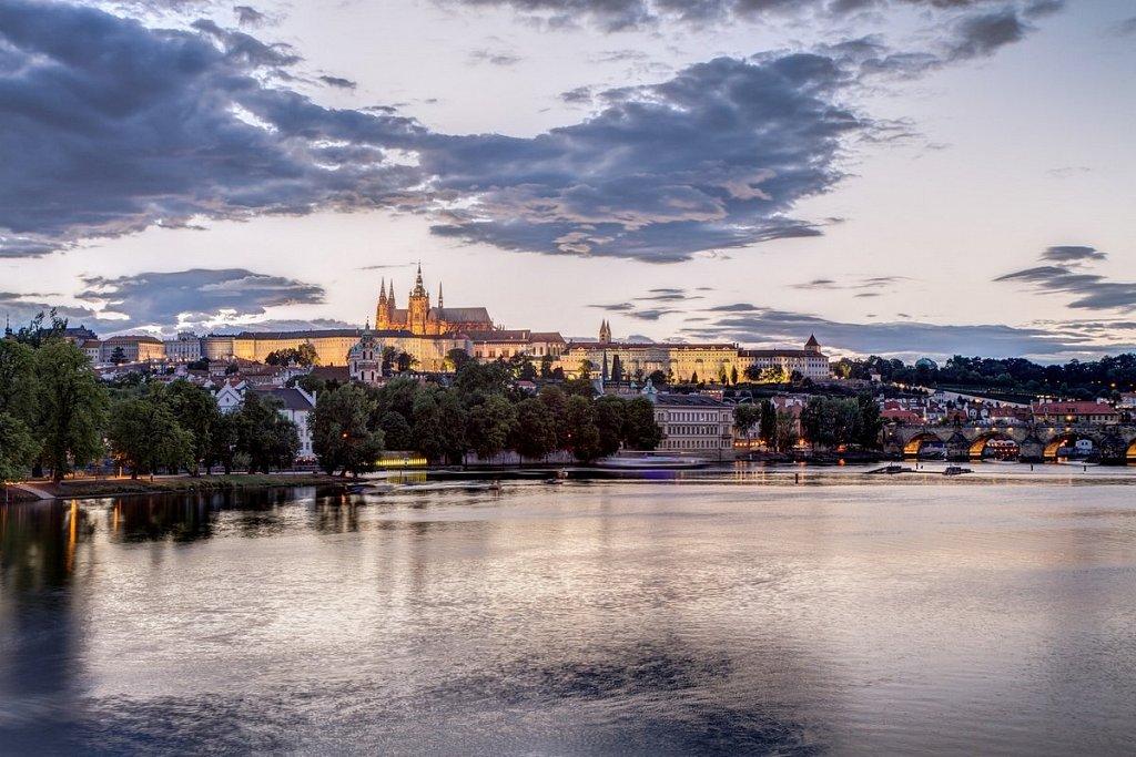 Noční Praha, Pražský hrad, Hradčany, Karlův most - IMG-5133.jpg